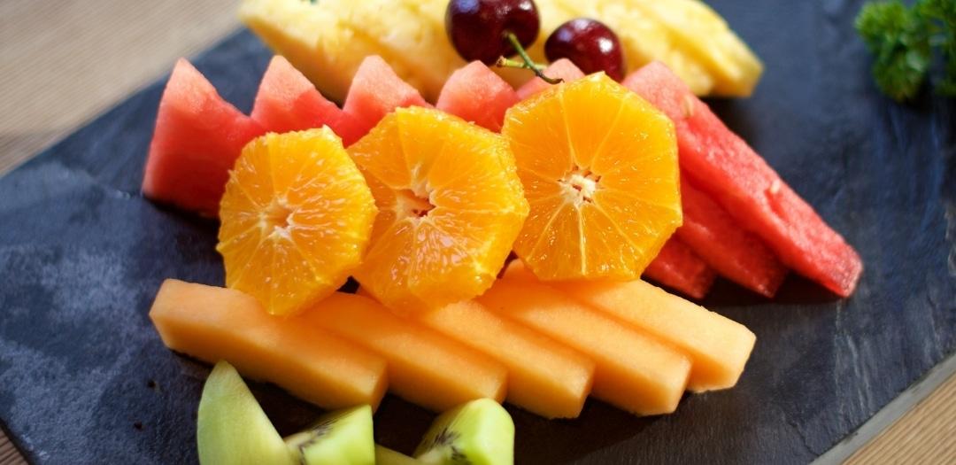 Easy Dorm Room Snacks Fruits