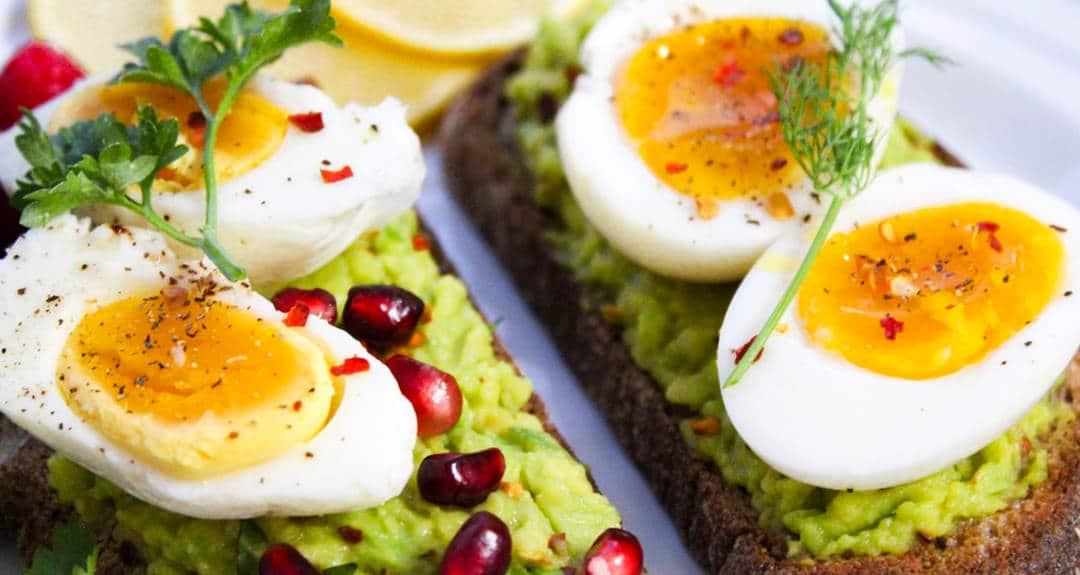 avo toast with egg